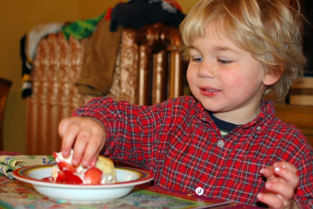 Griffin eating shortcake